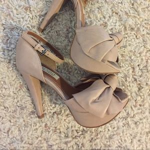 Zara platform bow heel